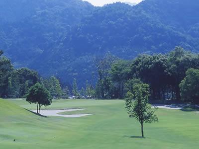 粟賀ゴルフ倶楽部