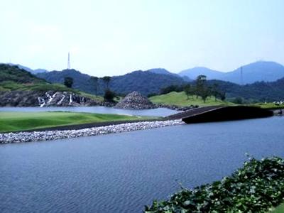 九州ゴルフ倶楽部 八幡コース