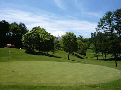 鳴沢林間ゴルフ場