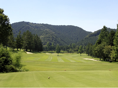 鷹ゴルフ倶楽部