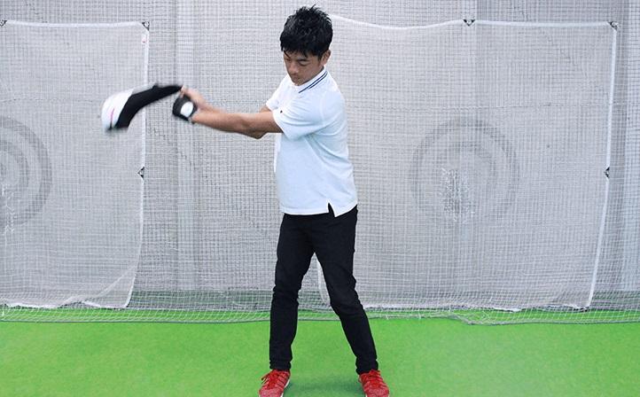 素振り 練習 ゴルフ