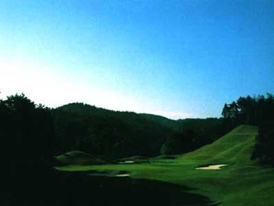 新奈良ゴルフ倶楽部