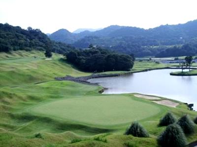 九州ゴルフ倶楽部 八幡コース...