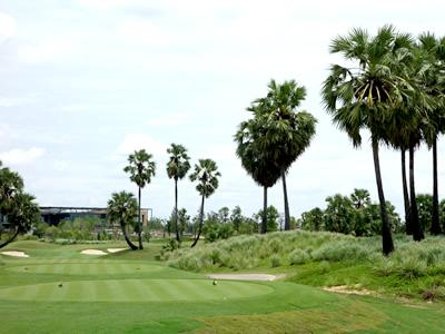 ニカンティ・ゴルフクラブ (NIKANTI GOLF CLUB) (タイ)