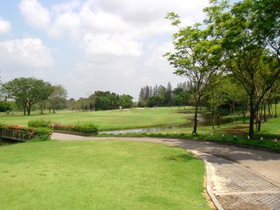 タナシティゴルフ&スポーツクラブ (THANA CITY GOLF&SPORTS CLUB)(タイ)