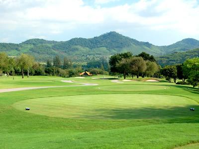 ブラパ・ゴルフクラブ (BURAPHA GOLF CLUB) (タイ)